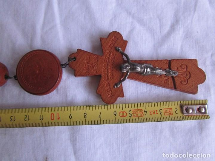 Antigüedades: Gran rosario de madera de la Virgen de Lourdes - Foto 5 - 90461294
