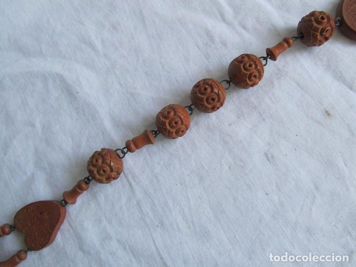 Antigüedades: Gran rosario de madera de la Virgen de Lourdes - Foto 9 - 90461294
