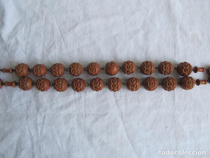 Antigüedades: Gran rosario de madera de la Virgen de Lourdes - Foto 12 - 90461294