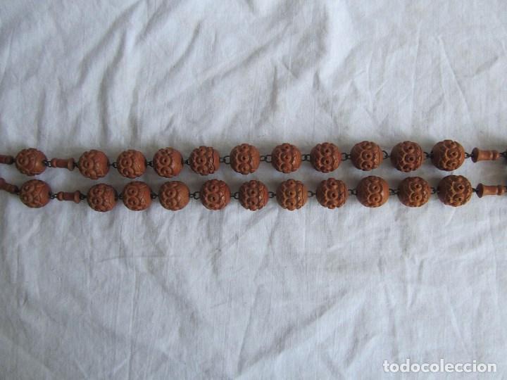 Antigüedades: Gran rosario de madera de la Virgen de Lourdes - Foto 14 - 90461294
