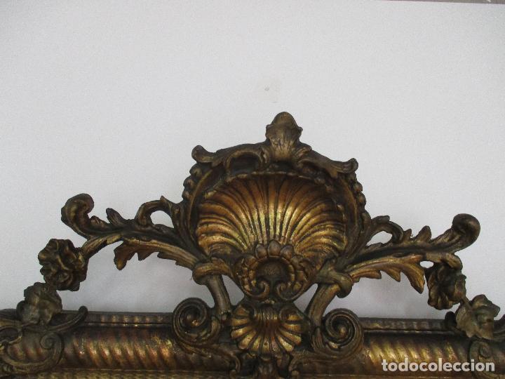 Antigüedades: Antiguo Espejo - Cornucopia - Francia - Madera Tallada - Dorada con Pan de Oro - S. XIX - Foto 2 - 90576895