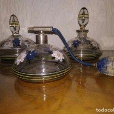 Antigüedades: ANTIGUO JUEGO DE TOCADOR DE CRISTAL Y PINTADO A MANO . Lote 90676005