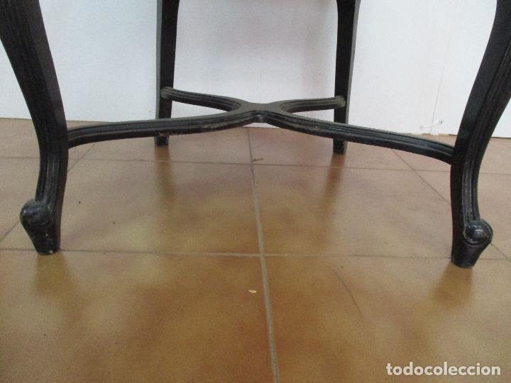 Antigüedades: Lote de 6 Sillones - Estilo Luis XV - Madera Tallada - Laca Negra - Tapizados - Principios S. XX - Foto 10 - 112942900