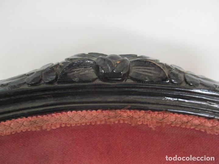 Antigüedades: Lote de 6 Sillones - Estilo Luis XV - Madera Tallada - Laca Negra - Tapizados - Principios S. XX - Foto 11 - 112942900