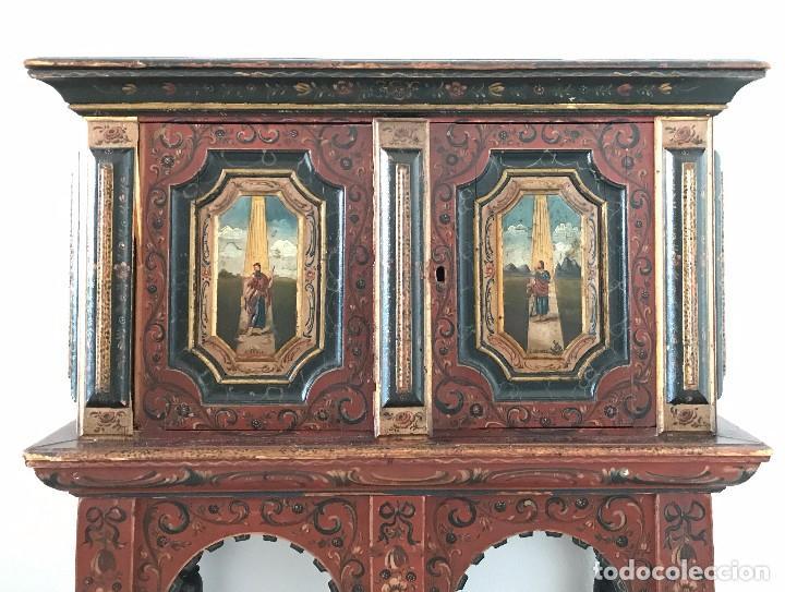 Antigüedades: Precioso mueble alemán Selva Negra de mediados-finales. s. XVIII de madera policromada - Foto 3 - 90730630