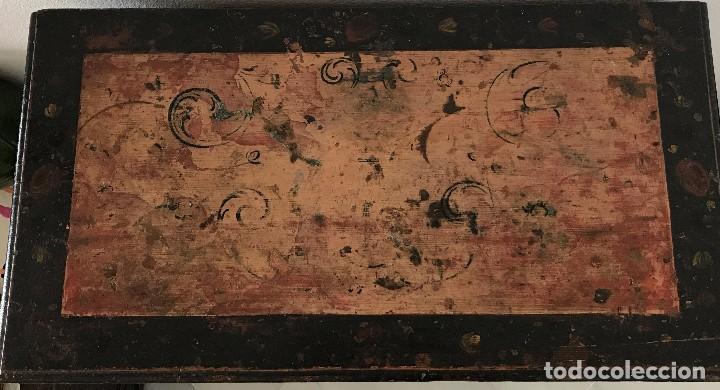 Antigüedades: Precioso mueble alemán Selva Negra de mediados-finales. s. XVIII de madera policromada - Foto 7 - 90730630