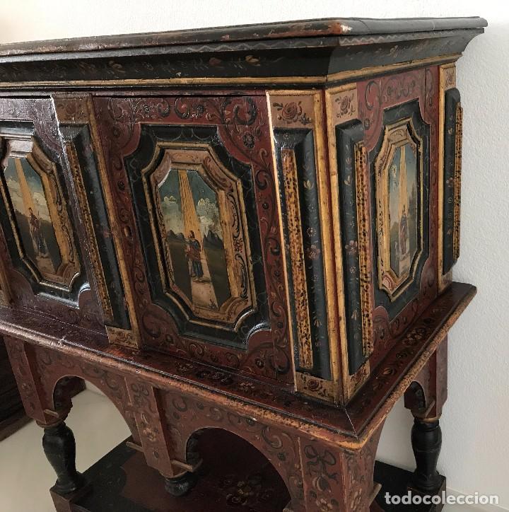 Antigüedades: Precioso mueble alemán Selva Negra de mediados-finales. s. XVIII de madera policromada - Foto 12 - 90730630