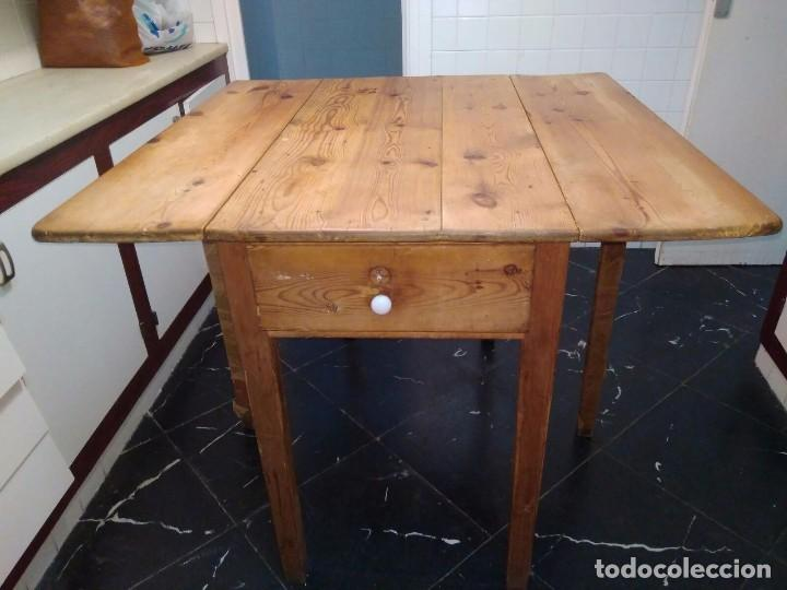 Mesas De Cocina Madera Rustica. Perfect De La Receta De Masa Sobre ...