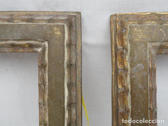 Antigüedades: BONITA PAREJA DE MARCOS DE METAL DORADO. - Foto 2 - 90830880