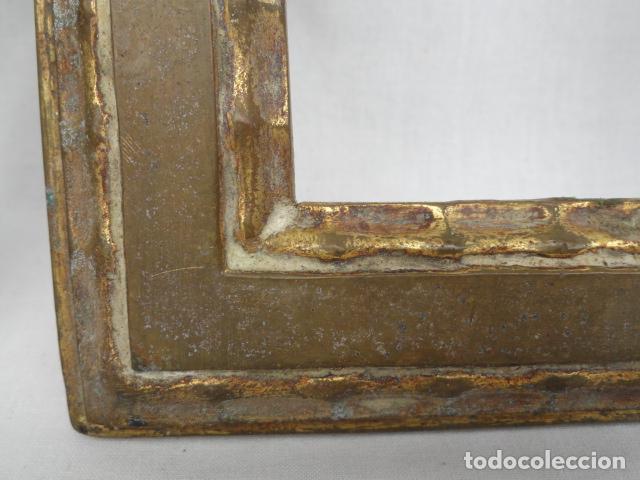 Antigüedades: BONITA PAREJA DE MARCOS DE METAL DORADO. - Foto 3 - 90830880