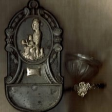 Antigüedades: ANTIGUA BENDITERA PILETA DE AGUA BENDITA DE HOJALATA - MONTSERRAT. Lote 90833530