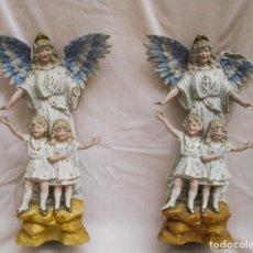 Antigüedades: PAREJA DE ÁNGELES CON NIÑOS DE BISCUIT. Lote 90891880