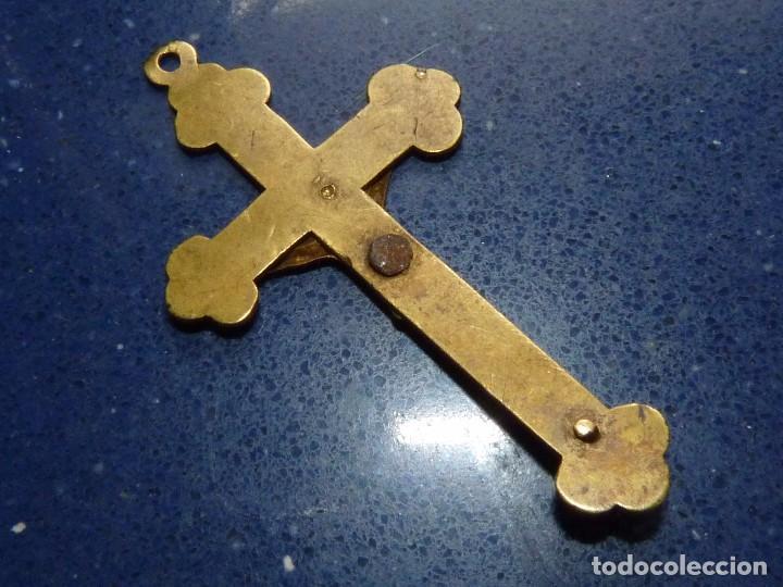 Antigüedades: MAGNIFICA CRUZ CRUCIFIJO BRONCE LATON CRISTO VIRGEN SAGRADO CORAZON COLECCION - Foto 2 - 90892690