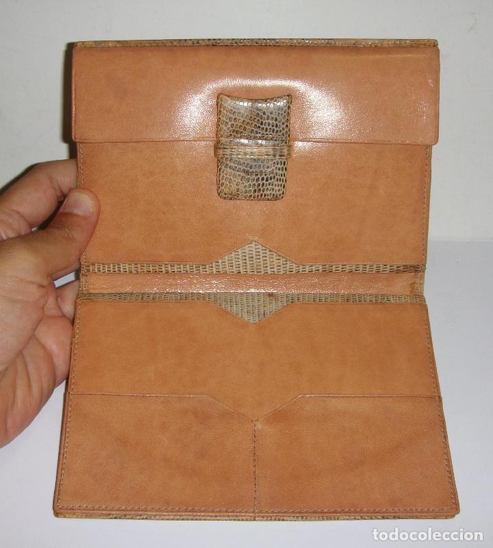 Antigüedades: CARTERA DE PIEL DE SERPIENTE (100% autentica) - AÑOS 50 - CONSERVA LA CAJA (SIN ESTRENAR) - Foto 4 - 33851443