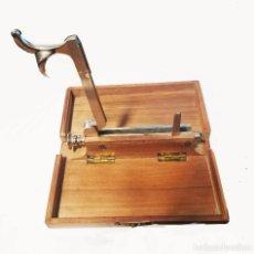 Antigüedades: MAQUINA DE HACER CUGARRILLOS. Lote 90962640
