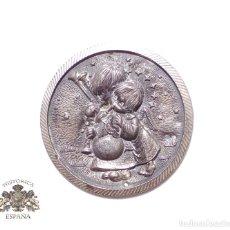 Antigüedades: CUADRITO DE PLATA DE LEY CON CONTRASTE - 5,5 CM DE DIÁMETRO. Lote 90969120