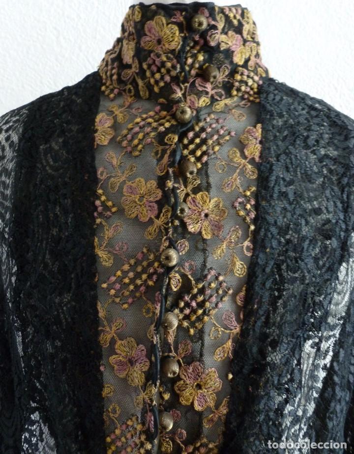 ANTIGUA CHAMBRA DE ENCAJE INDUMENTARIA S. XIX (Antigüedades - Moda y Complementos - Mujer)