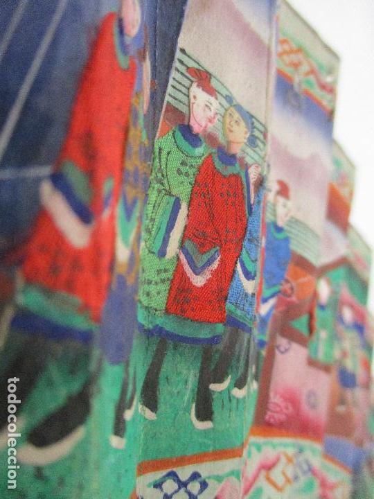 Antigüedades: Precioso Abanico de las Mil Caras - China - Caras en Marfil - Vestidos Seda - Dinastía Qnig - S. XIX - Foto 6 - 90980015