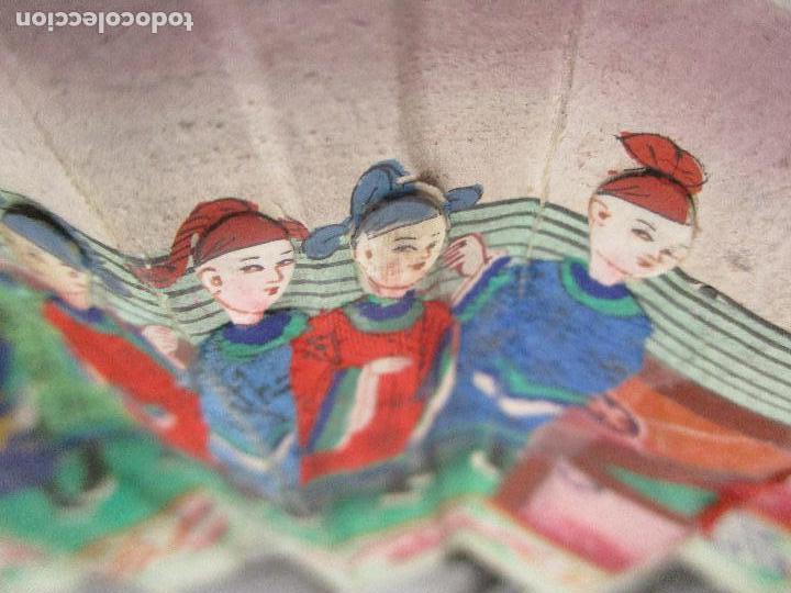 Antigüedades: Precioso Abanico de las Mil Caras - China - Caras en Marfil - Vestidos Seda - Dinastía Qnig - S. XIX - Foto 10 - 90980015