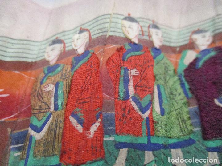 Antigüedades: Precioso Abanico de las Mil Caras - China - Caras en Marfil - Vestidos Seda - Dinastía Qnig - S. XIX - Foto 15 - 90980015