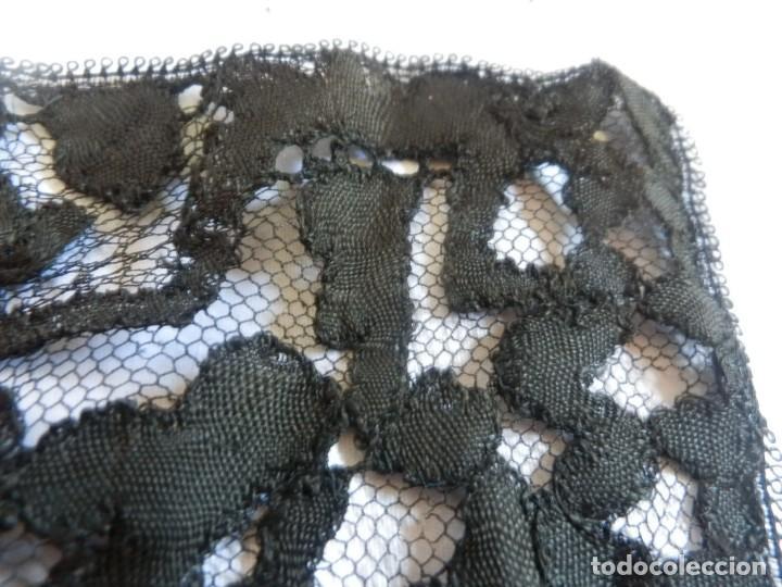 Antigüedades: 4057 Gran mantilla española s XIX bordada a mano - Foto 10 - 91059800