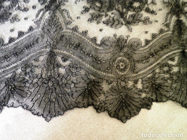 Antigüedades: Encaje de Chantilly. - Foto 2 - 91182430