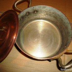 Antigüedades: ANTIGUA OLLA CON TAPA PROFESIONAL COBRE ESTAÑO 2,150 KG. 20 CM DIAMETRO. Lote 91241270