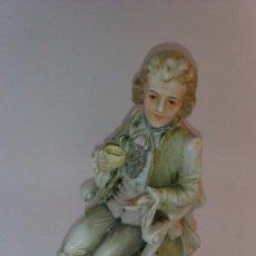 Antigüedades: BISCUITE, FIGURA DE CABALLERO. Lote 91244120