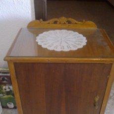 Antigüedades: ANTIGUA MESILLA DE NOCHE.. Lote 91287085