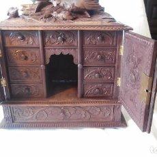 Antigüedades: CABINET BARGUEÑO EN MADERA TALLADA SIGLO XVIII-XIX ,MAGNIFICO TRABAJO DE TALLA. Lote 91293975