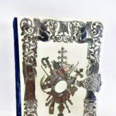 Antigüedades: MISAL ISABELINO EN PLATA, ESCENAS DE ÁNGELES ORANTES, MORIZOT 1846 LITOGRAFÍAS COLOREADAS Y VELVET. Lote 91349915
