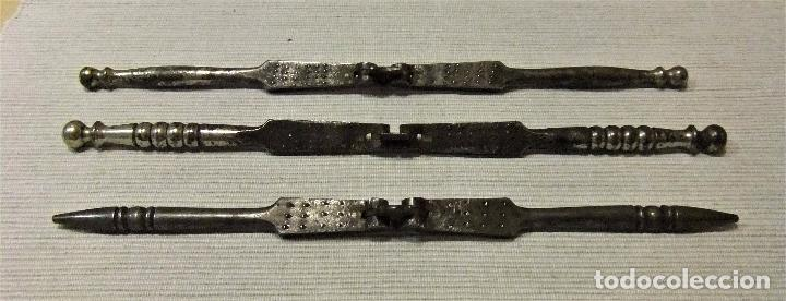Antigüedades: LOTE DE 3 ANTIGUOS CASCA PIÑONES, NUECES,AVELLANAS DE FORJA - Foto 7 - 91500785