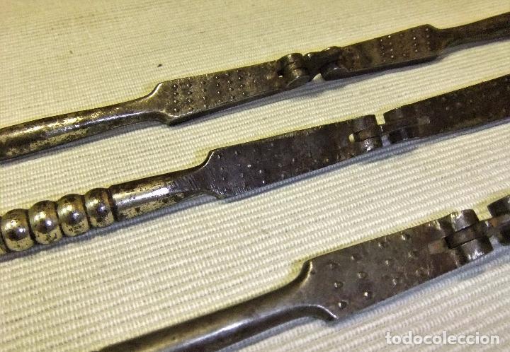 Antigüedades: LOTE DE 3 ANTIGUOS CASCA PIÑONES, NUECES,AVELLANAS DE FORJA - Foto 8 - 91500785