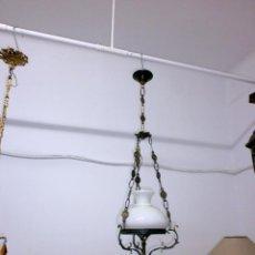 Antigüedades: LÁMPARA - QUINQUE OPALINA Y BRONCE. Lote 91533870