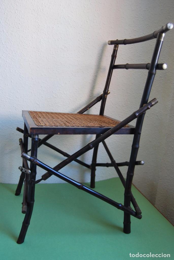 Antigüedades: SILLA PLEGABLE DE CAMPAÑA - BAMBÚ Y LATÓN - ASIENTO DE REJILLA -MARCADA V.P. - MILITAR FINALES S.XIX - Foto 5 - 91650050