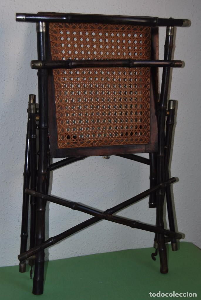 Antigüedades: SILLA PLEGABLE DE CAMPAÑA - BAMBÚ Y LATÓN - ASIENTO DE REJILLA -MARCADA V.P. - MILITAR FINALES S.XIX - Foto 23 - 91650050
