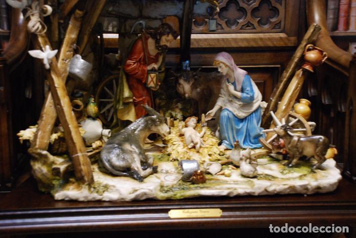 Antigüedades: EXTRAORDINARIO NACIMIENTO EN PORCELANA DE CAPODIMONTE - SELLADA Y FIRMADA POR AUTOR - - Foto 3 - 91685830