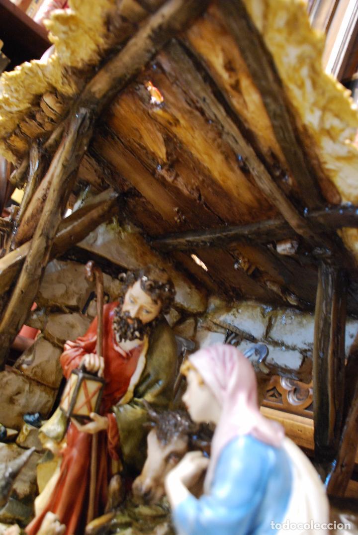 Antigüedades: EXTRAORDINARIO NACIMIENTO EN PORCELANA DE CAPODIMONTE - SELLADA Y FIRMADA POR AUTOR - - Foto 26 - 91685830
