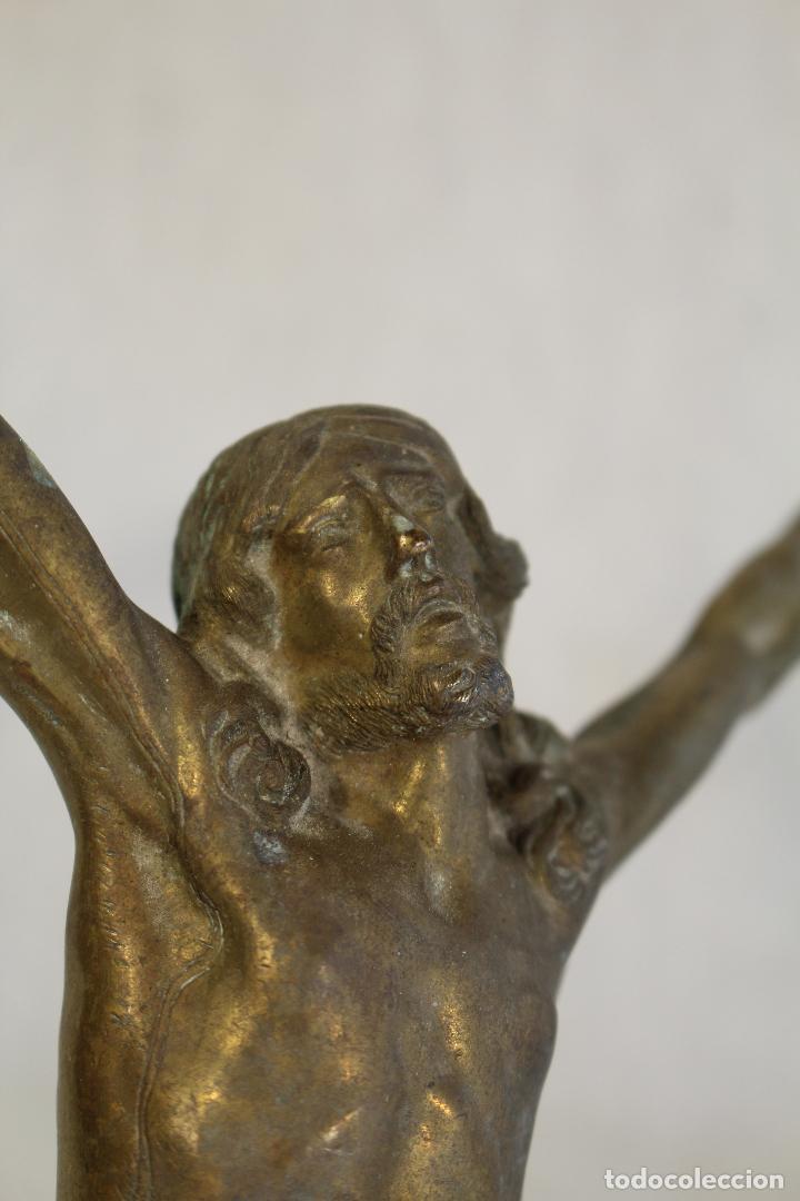 Antigüedades: cristo jesucristo crucificado antigo en bronce - Foto 4 - 118859415