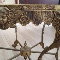 Antigüedades: MESA DE BRONCE MODERNISTA. Lote 115450012