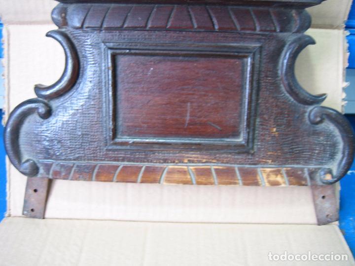 Antigüedades: Antiguo terminal de madera. Medidas 37 x 38 cm - Foto 3 - 91993345