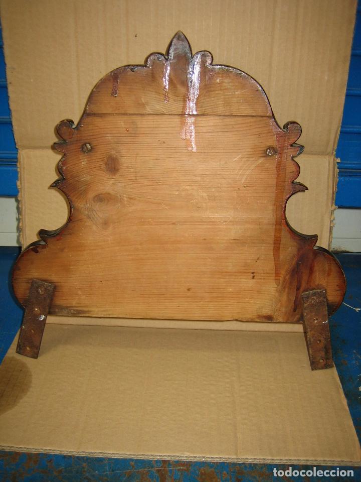 Antigüedades: Antiguo terminal de madera. Medidas 37 x 38 cm - Foto 6 - 91993345
