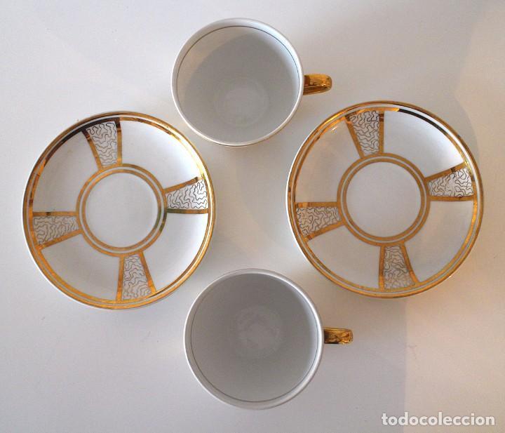Antigüedades: Juego de 2 tazas y platos de porcelana - dorado y blanco - taza de té - Foto 3 - 92045255