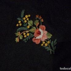 Antigüedades: ANTIGUO ECHARPE - PAÑUELO ART DECO - ENCAJE BOBINE SOBRE CREPE PPIO. S.XX. Lote 92200985