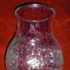 Antigüedades: ANTIGUO JARRON DE CRISTAL UVAS Y PARRAS. Lote 92224035