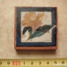 Olambrilla - motivos florares - ABS