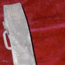 Antigüedades: VIEJO CENCERRO CON BADAJO DE HUESO . Lote 92305805