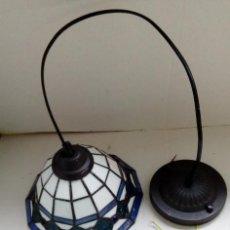 Antigüedades: BONITA LAMPARA DE TECHO, CRISTAL PASTA O SIMILAR UNIDOS CON PLOMO. Lote 92315630