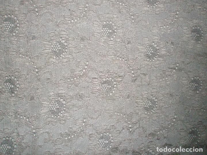 Antigüedades: MANTILLA ORIGINAL ANTIGUA ESPAÑOLA DISEÑO RECTANGULAR NUEVA Y CON ETIQUETA - Foto 7 - 92316875