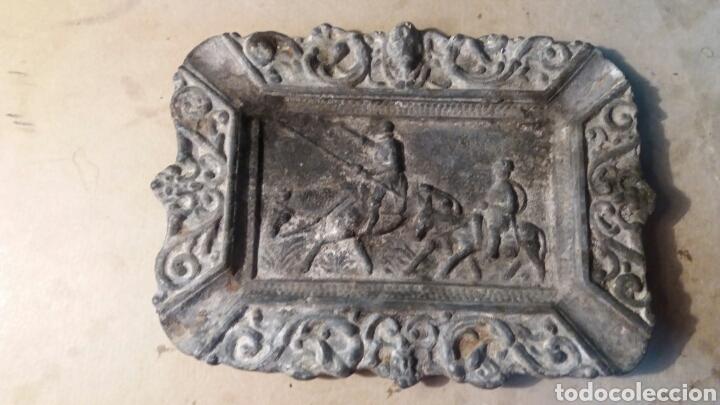 CENICERO ANTIGUO, DON QUIJOTE DE LA MANCHA. (Antigüedades - Hogar y Decoración - Ceniceros Antiguos)